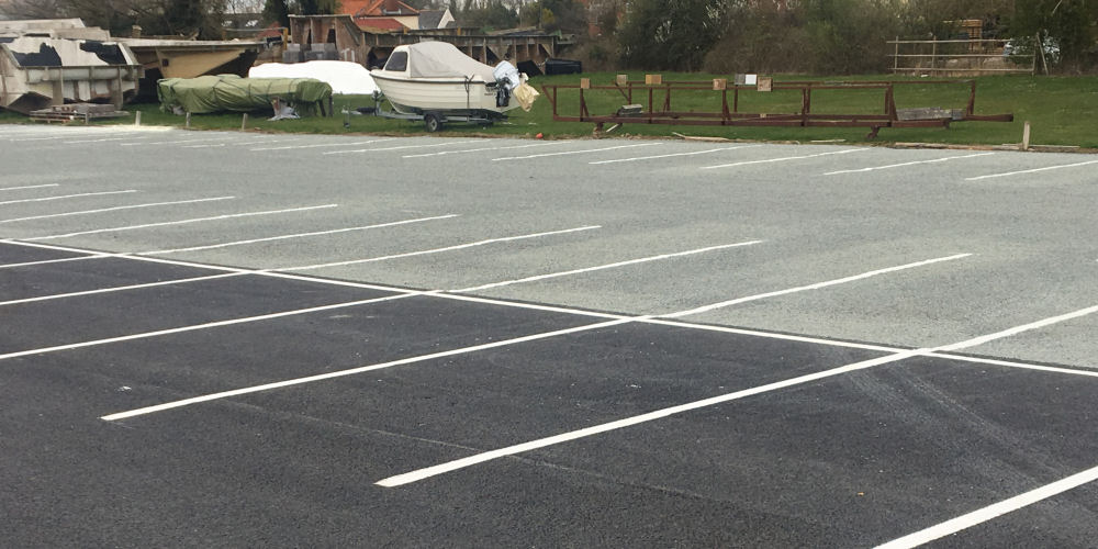 driveway installion with asphalt surfacing