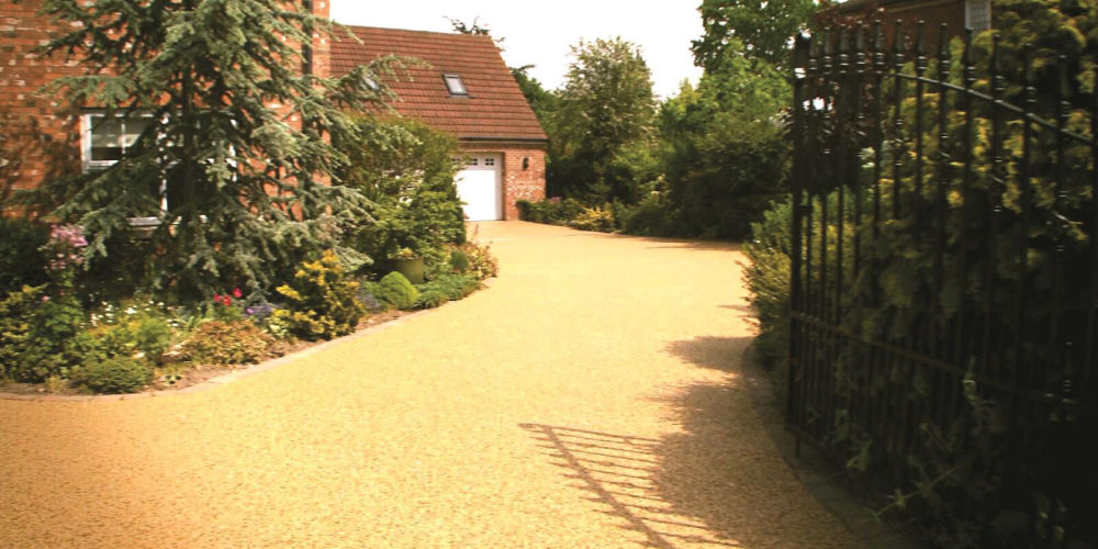 resin bound driveway surfacing